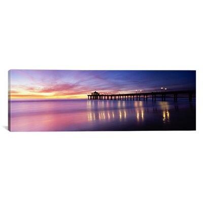 Panoramic Manhattan Beach Pier, San Francisco, California Photographic Print on Canvas Size: 30