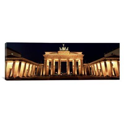 Panoramic Brandenburg Gate, Berlin, Germany Photographic Print on Canvas Size: 20