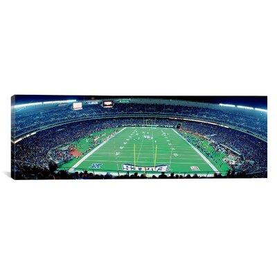 Panoramic Philadelphia Eagles NFL Football Veterans Stadium, Philadelphia, Pennsylvania Photographic Print on Canvas Size: 20