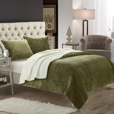 Evie 3 Piece Coverlet Set Size: King, Color: Green