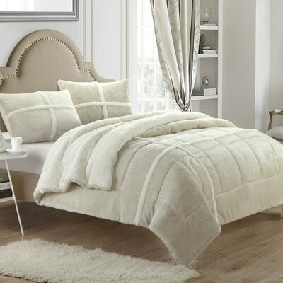 Chloe Sherpa Comforter Set Size: Twin XL, Color: Beige