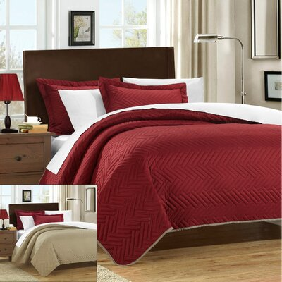 Palermo 3 Piece Reversible Quilt Size: King, Color: Red
