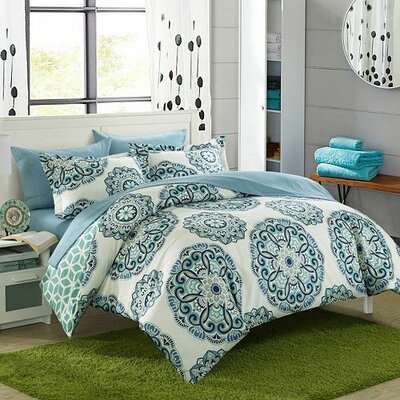Ibiza Reversible Duvet Cover Set Color: Green, Size: Twin
