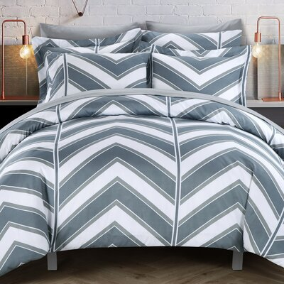 Piper Reversible Duvet Cover Set Size: King, Color: Gray
