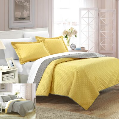 Teresa 3 Piece Reversible Quilt Set Size: King, Color: Yellow