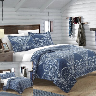 Napoli 3 Piece Reversible Quilt Set Size: Queen, Color: Navy