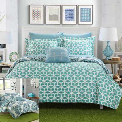 Madrid Reversible Quilt Set Color: Green, Size: Queen