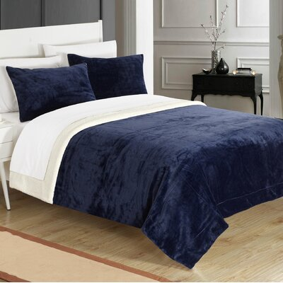Evie 2 Piece Twin XL Comforter Set Color: Navy