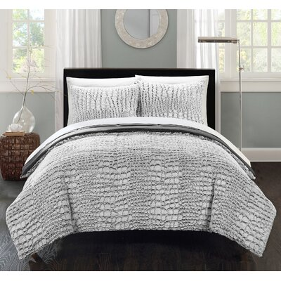 Alligator 3 Piece Comforter Set Color: Grey, Size: Queen