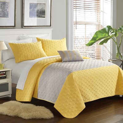 Dominic 4 Piece Quilt Set Size: King, Color: Yellow