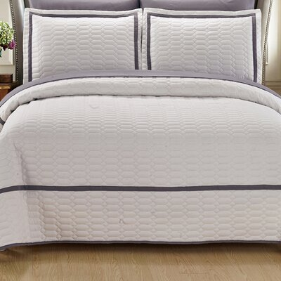 Birmingham Quilt Set Size: King, Color: White