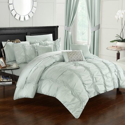 10 Piece Tori Comforter Set Size: King, Color: Pale Green