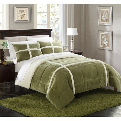 Chloe Comforter Set Size: Twin X-Long, Color: Green