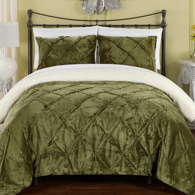 Abrianna 7 Piece Comforter Set Size: King, Color: Green
