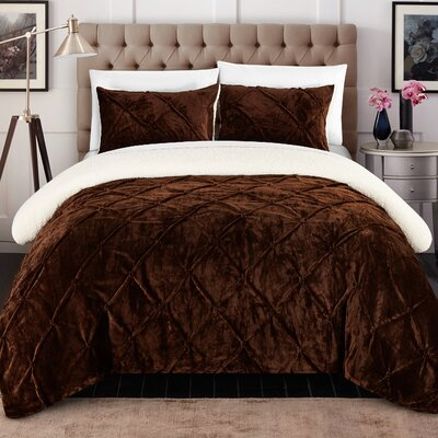 Abrianna 7 Piece Comforter Set Size: King, Color: Brown