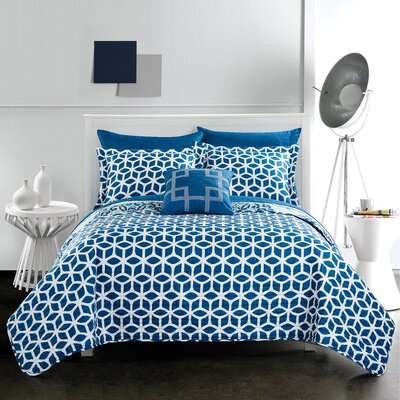 Madrid 8 Piece Reversible Quilt Set Size: Queen, Color: Blue