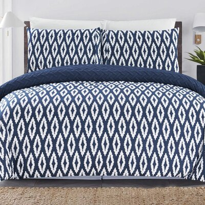 Cherree 3 Piece Reversible Comforter Set Color: Navy, Size: Queen