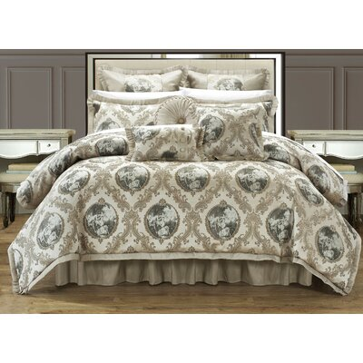 Romeo and Juliet 9 Piece Comforter Set Size: King, Color: Beige