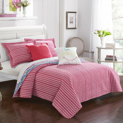 Herminia Contemporary Reversible Quilt Set Size: Twin