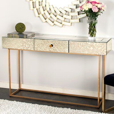 Dailyn Console Table