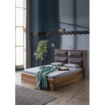 Keil Upholstered Platform Bed Size: California king