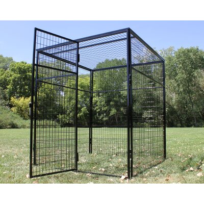 Animal Enclosure with Welded Wire Top