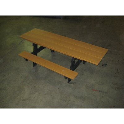 Recycled Plastic A-Frame Picnic Table Mounting Type: L-Bracket, Finish: Green