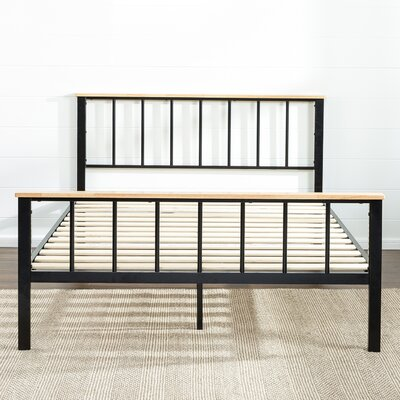 Metal/Wood Platform Bed Size: Queen