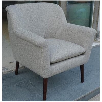 Jaydon Traditional Club Chair