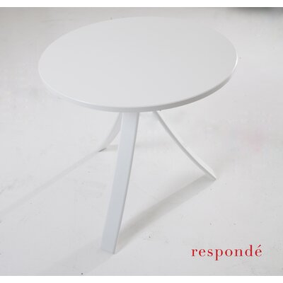 Jug Side Table Frame Color: White, Top Color: White