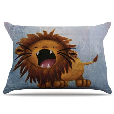 Dandy Lion Pillowcase Size: Standard