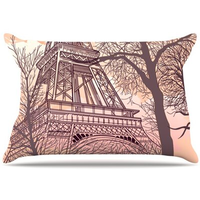 Eiffel Tower Pillowcase Size: Standard