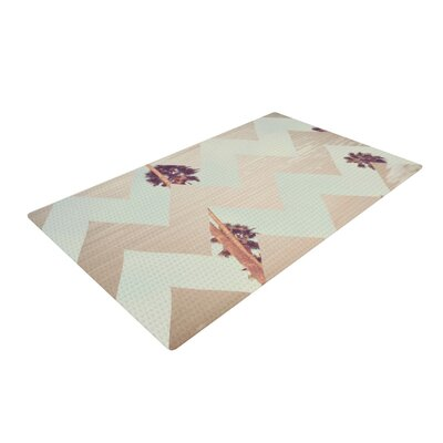 Catherine McDonald Oasis White/Beige Area Rug Rug Size: 4 x 6
