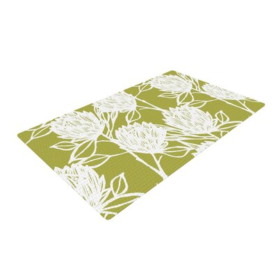 Gill Eggleston Protea Flowers White/Olive Area Rug Rug Size: 4 x 6