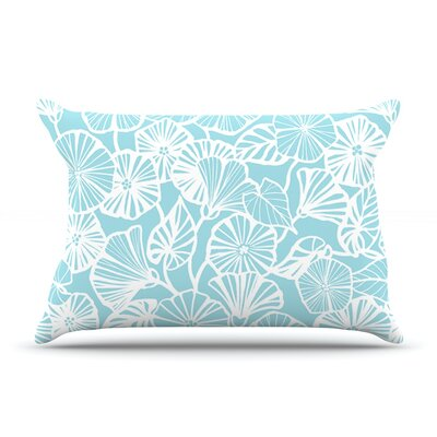 Jacqueline Milton Trumpet Vine Pillow Case Color: Aqua/Blue