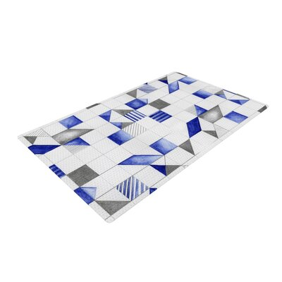 Winter Geometry Blue/White Area Rug Rug Size: 4 x 6