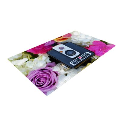 Libertad Leal The Four Seasons: Spring Pink/White Area Rug