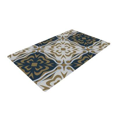 Miranda Mol Contemporary Granny White/Blue Area Rug Rug Size: 4 x 6