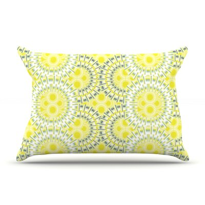 Blossoming Buds Pillow Case Size: Standard