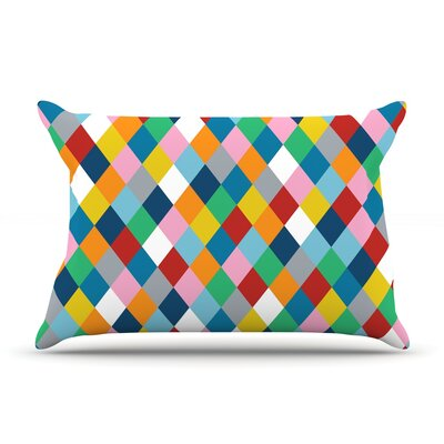 Harlequin Zoom Pillow Case Size: Standard
