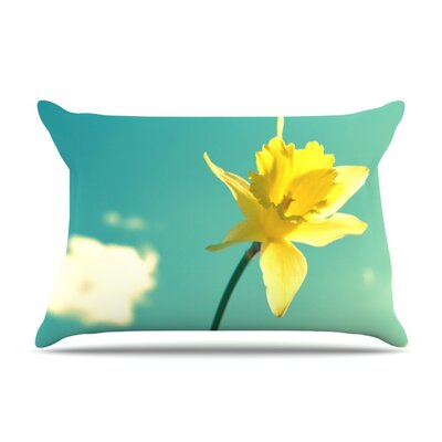Daffodil by Robin Dickinson Featherweight Pillow Sham Size: Queen, Fabric: Woven Polyester