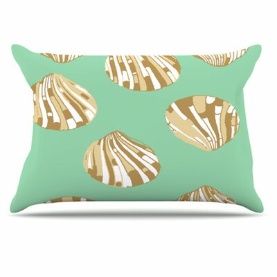 Scallop Shells Pillowcase Size: King