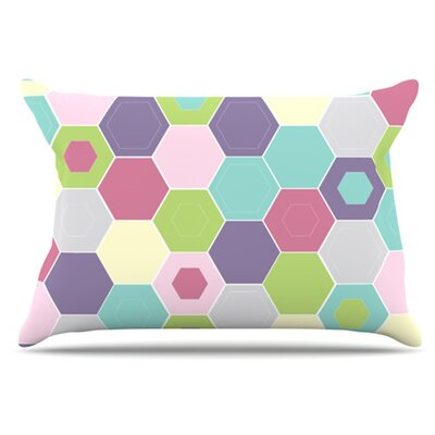 Pale Bee Hex Pillowcase Size: King