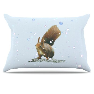Squirrel Pillowcase Size: King