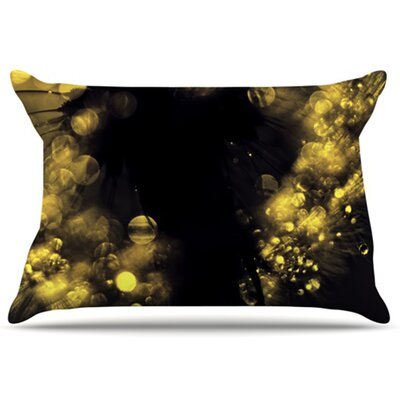 Moonlight Dandelion Pillowcase Size: Standard