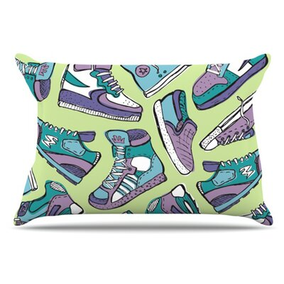 Sneaker Lover IV Pillowcase Size: Standard