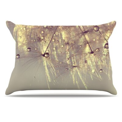 Sparkles of Gold Pillowcase Size: Standard