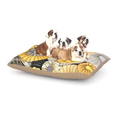 Daffodil Dog Bed Size: 40 L x 30 W