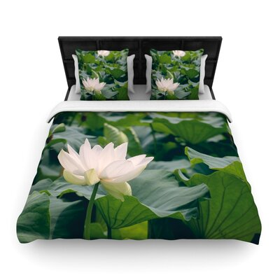 White Lotus by Catherine McDonald Woven Duvet Cover Size: Twin