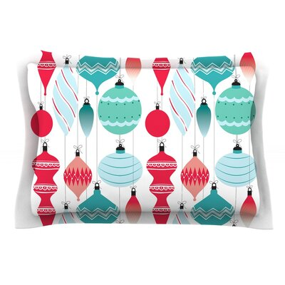 Mixed Ornaments Featherweight Pillow Sham Size: King, Color: Red/Blue, Fabric: Cotton